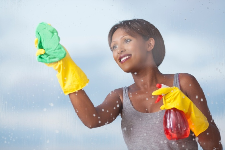 iStock_000026854062_Small-cleaning (1)